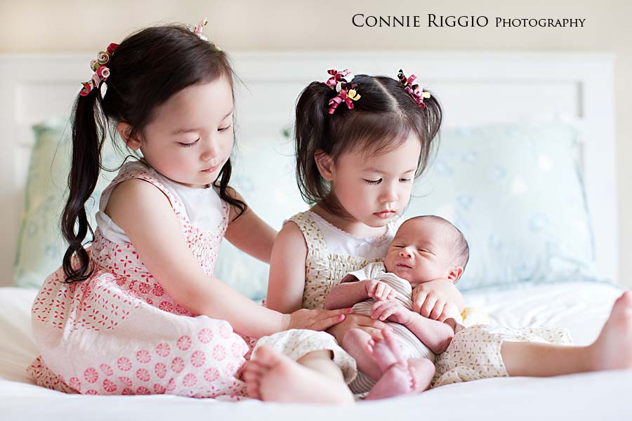 Tacoma Newborn Family Photographer